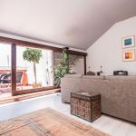 Great Apartment in the Center with Terrace, Lisbon