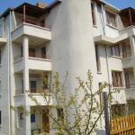 酒店图片: Sotirovi Guest House, Chernomorets