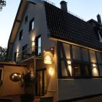 Hotel Pictures: Nella Parkhotel, Steinhude