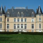 Hotel Pictures: Château De Blavou Normandie, Saint-Denis-sur-Huisne