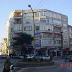 Nezi̇h Apart, Trabzon