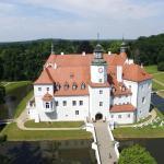 Hotel Pictures: Schlosshotel Fürstlich Drehna, Drehna