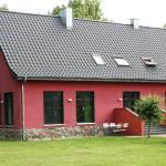 Hotel Pictures: Ferienwohnung auf Gut Owstin, Owstin
