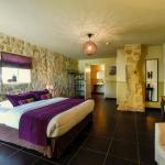 Hotel Pictures: Bleu Raisin, Les Salles-de-Castillon