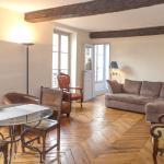 Contrescarpe Square - 2 bedrooms in Latin Quarter, Paris