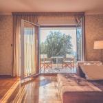 Sunny apartment, Sveti Stefan