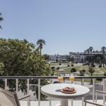 Rent4Rest Estoril Beachfront Apartments, Estoril