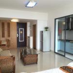 Sanya Beach Yard Apartment,  Sanya