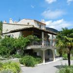 Hotel Pictures: Villa Pétronille, Puget-Théniers
