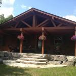 Hotel Pictures: Lakehurst Chalet, Cordova Mines