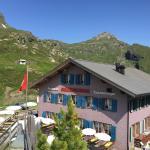 Hotel Pictures: Berghaus Grindelwaldblick, Kleine Scheidegg