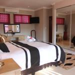 Casa Bianca Guest Lodge,  Hartbeespoort