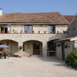 Hotel Pictures: Chez Catharina Oldtimer B&B, Levoncourt