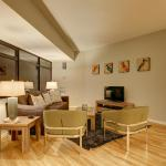 Arapahoe Street Apartment by Stay Alfred,  Denver