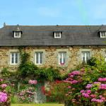 Hotel Pictures: Manoir de Kerguezennec Holiday Home, Pontrieux