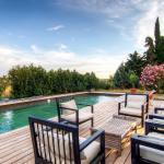Hotel Pictures: Villa L'Esclot en Drôme Provençale, Bouchet