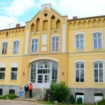 Hotel Pictures: Youth Hostel Wiepkenhagen, Hessenburg