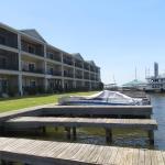Sunset Harbor Resort,  Willis