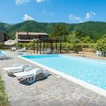 Il Fico Apartment with Swimming Pool, Cantiano