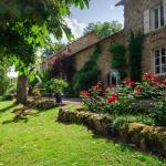 Hotel Pictures: Gîtes Bois de Coursac, Sévérac d Aveyron