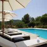 Hotel Pictures: Four-Bedroom Villa in Sant Joan de Labritja / San Juan with Terrace, Santa Gertrudis de Fruitera