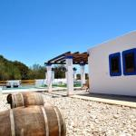 Hotel Pictures: Three-Bedroom Holiday home in Santa Eulalia del Río, Cala Llenya