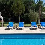Hotel Pictures: Four-Bedroom Villa in Sant Josep de Sa Talaia / San Jose with Garden, San Jose de sa Talaia