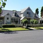 酒店图片: Creek Cottage Bed And Breakfast, Traralgon