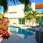 Casa Del Mar, Jimmy Hill