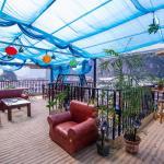 Yangshuo Moshang Mountain Bookhouse Guest House, Yangshuo