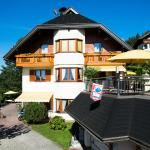 Hotel Pictures: Ferienhaus Holzer, Egg am Faaker See