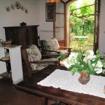 Casa Paola, Casale di Pari