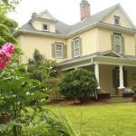 The Dailey Renewal Retreat B & B, Greensboro