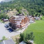 Hotel Pictures: Alpenblick Wellnesshotel, Fiesch