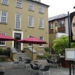 (4.4/5)   Baileys Hotel Cashel  reviews