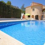 Hotel Pictures: Apartment with garden, terrace in Alicante, La Canuta