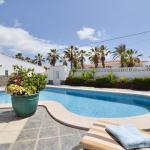 Hotel Pictures: Leonardo Holiday Home, Palm-mar
