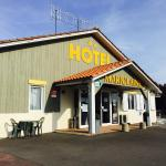 Hotel Pictures: Marjolaine, Roullet