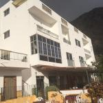 Hotel Pictures: Apartamentos Domínguez, Calera
