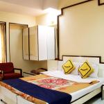 Vista Rooms at Old Agra Road, Nashik