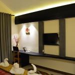 Harshikhar Hotel,  Bhīm Tāl