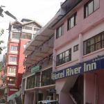 Hotel River Inn,  Manāli