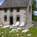 Hotel Pictures: Gite Des Volcans D'auvergne, St Victor la Riviere