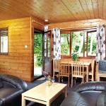 Hunters Moon Lodges,  Warminster