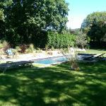 Hotel Pictures: Terrasse et Jardin a Cajarc, Cajarc