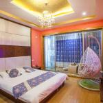 Hotel Pictures: Wuzhen Times Town Theme Inn, Tongxiang