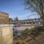 Hotel Pictures: Qualicum Beach Inn, Qualicum Beach