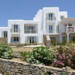 Elia Sun Villas, Elia Beach