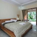 (5.0/5)   Bale Bali Inn  reviews