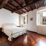 Apartment Campo De' Fiori,  Rome